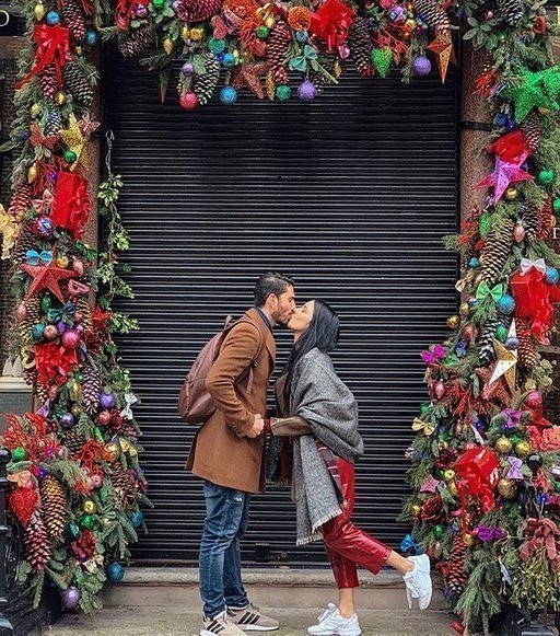 Dating 4 μηνών χριστουγεννιάτικο δώρο